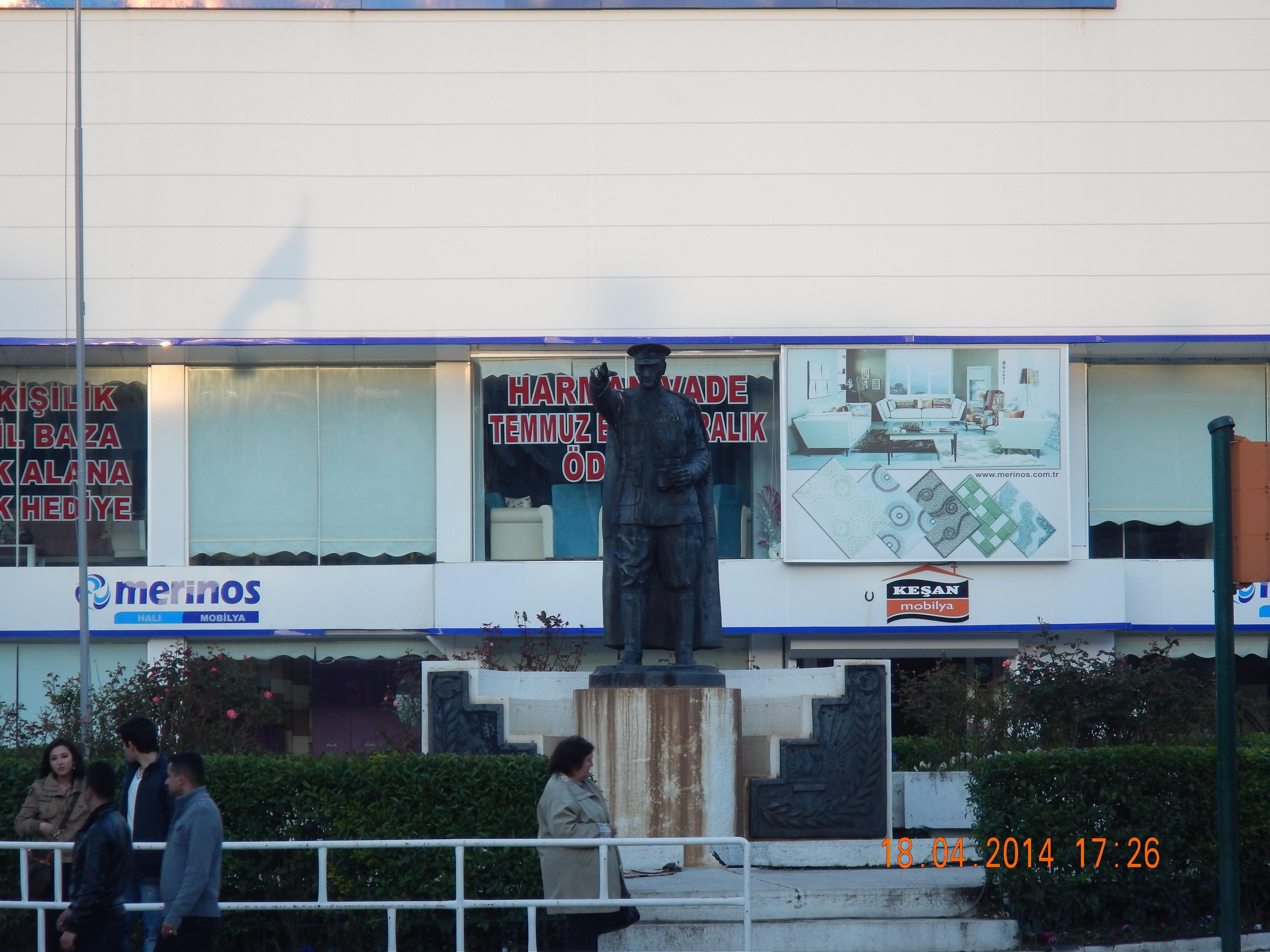 MUSTAFA KEMAL ATATURK. GRUNNLEGGEREN AV DEN TYRKISKE REPUBLIKK