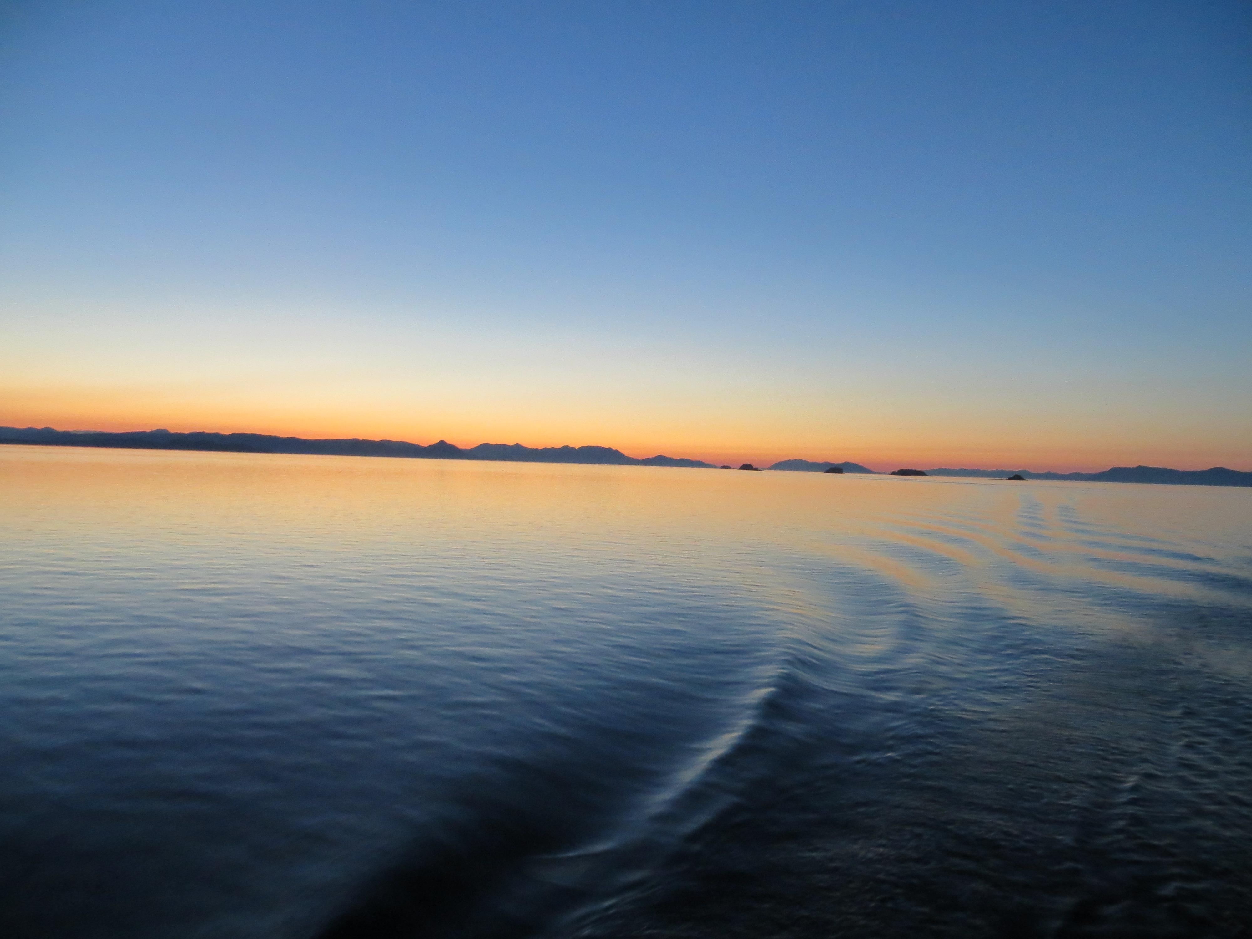 SOLNEDGANG I ALASKA