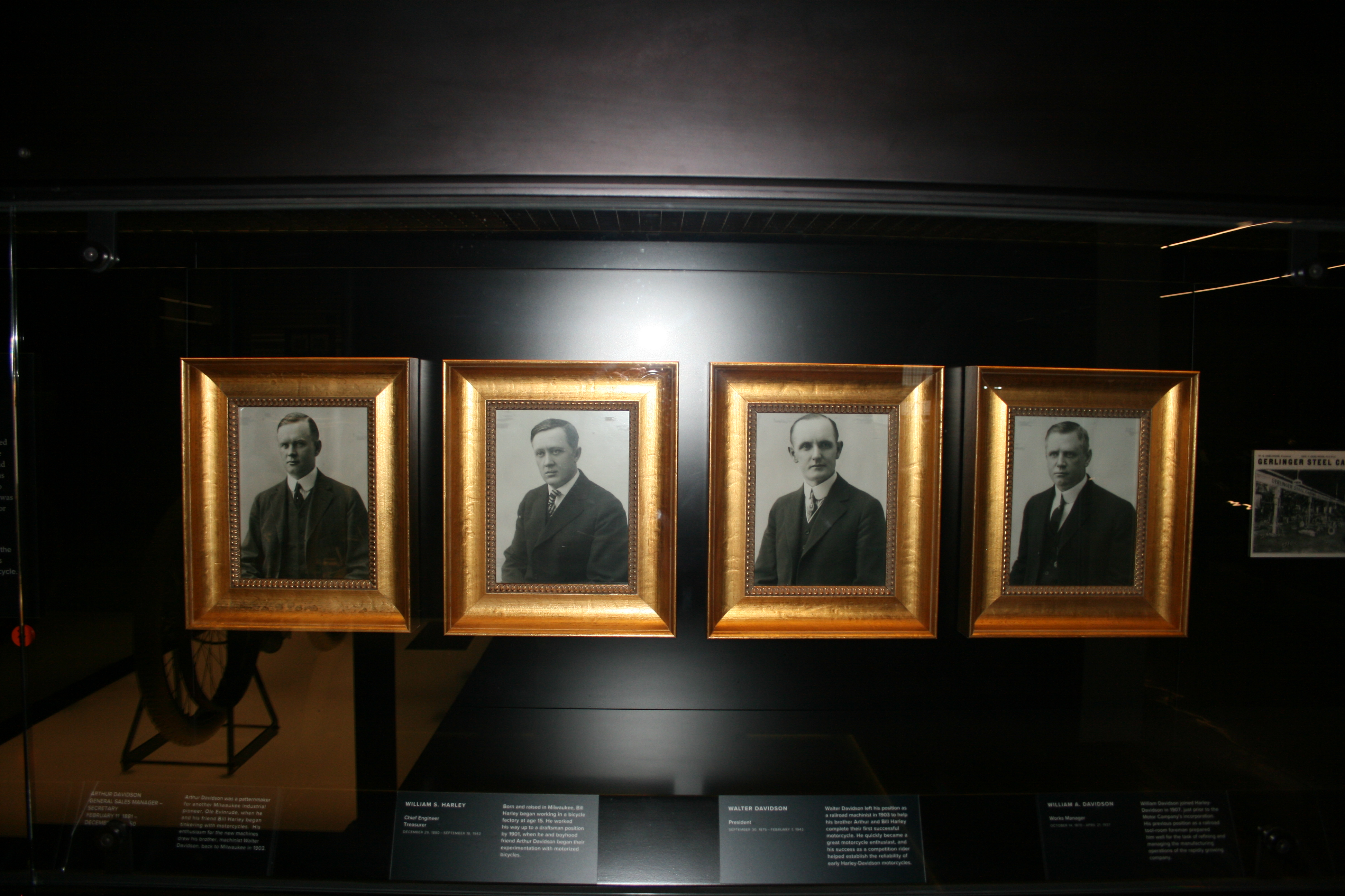 ARTHUR DAVIDSON,WILLIAM E. HARLEY, WALTER DAVIDSON, WILLIAM A. DAVIDSON,