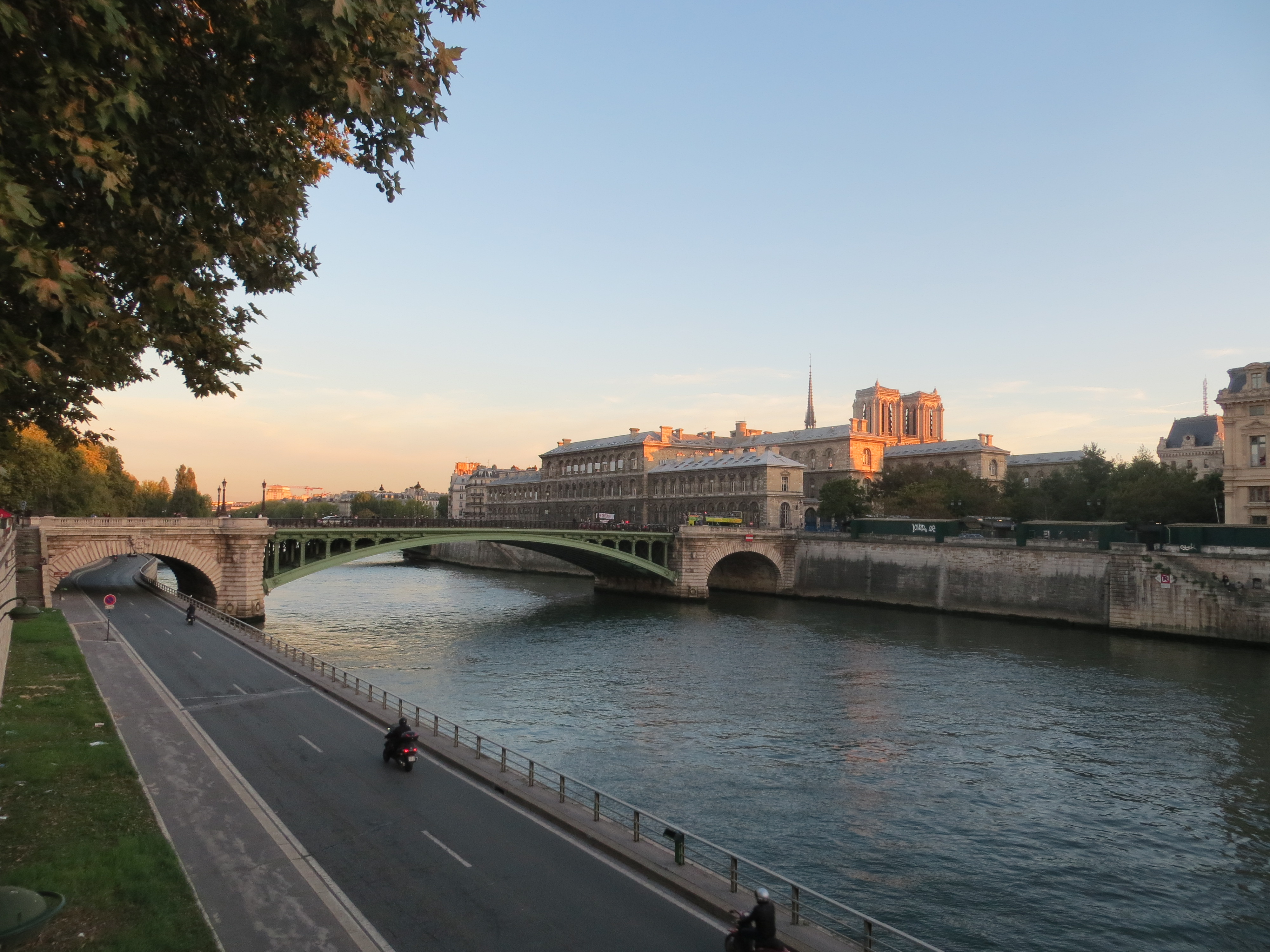 SEINEN I PARIS