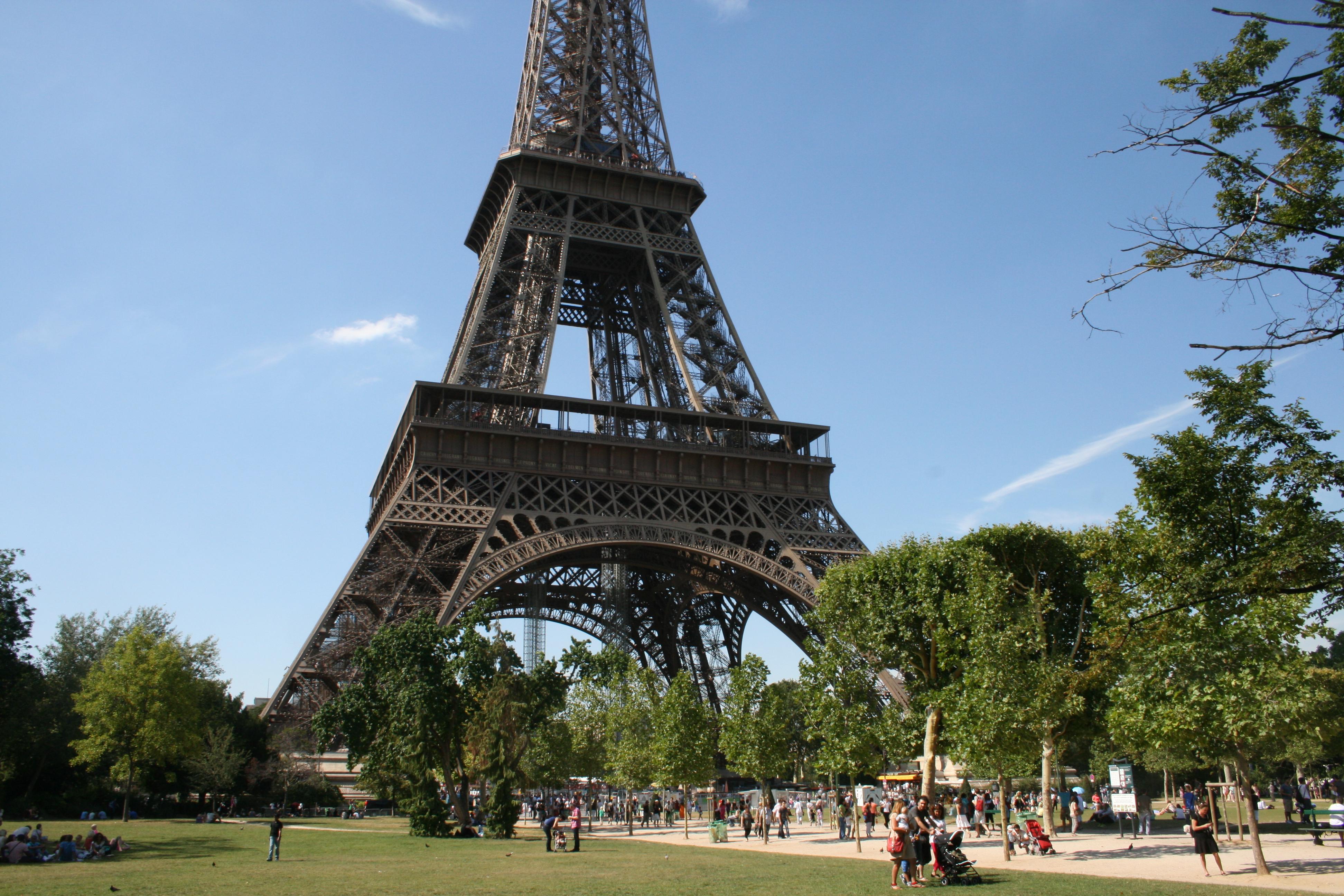 EIFELTÅRNET I PARIS